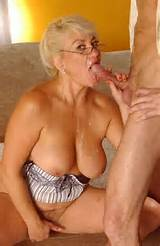 Mature Blowjob Creampie