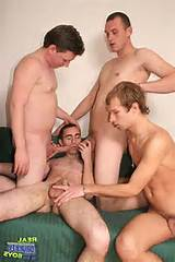 Men giving blowjobs: What happened next was just the fourth man to man ...