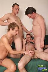 Gay Sex Movies - Drunk Gay Chaps Giving Blowjobs